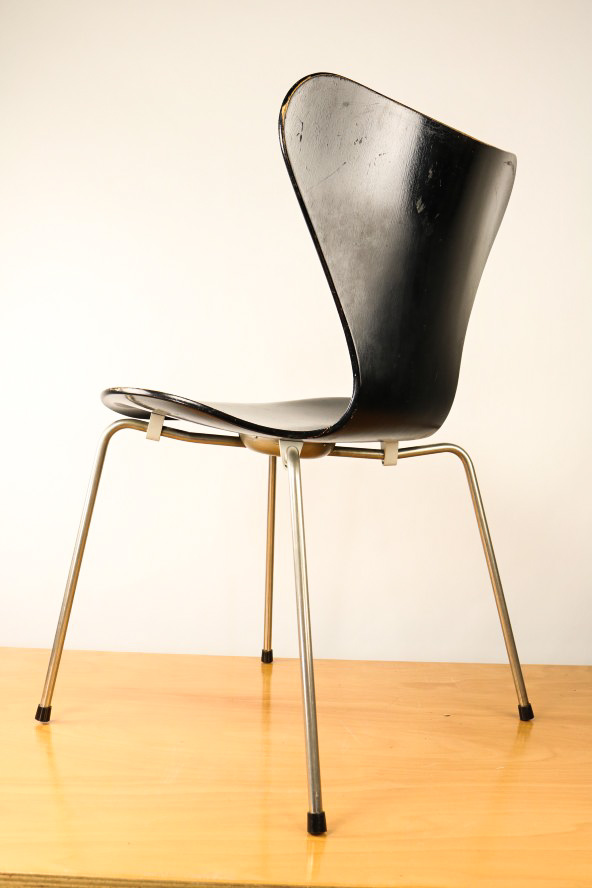 fritz hansen 3107 arne jacobsen stapel stuhl schwarz serie 7 vintage chair ebay. Black Bedroom Furniture Sets. Home Design Ideas