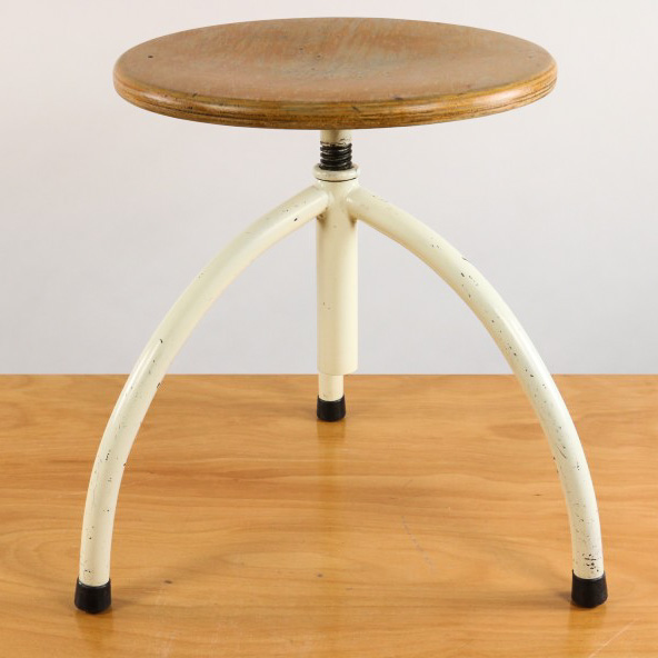 alter praxis hocker frankfurter k che h henverstellbar stahlrohr stool bauhaus ebay. Black Bedroom Furniture Sets. Home Design Ideas